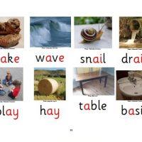 44 sounds, 200 spellings
